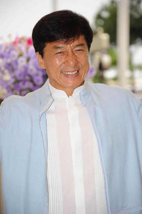 Jackie-Chan-new-photos-19
