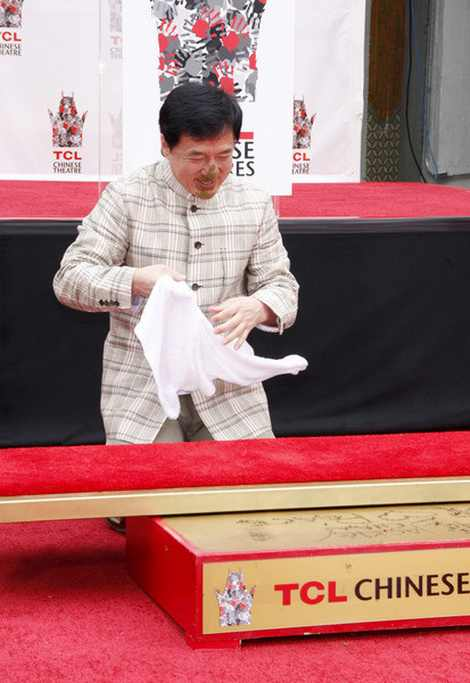 Jackie-Chan-new-photos-4